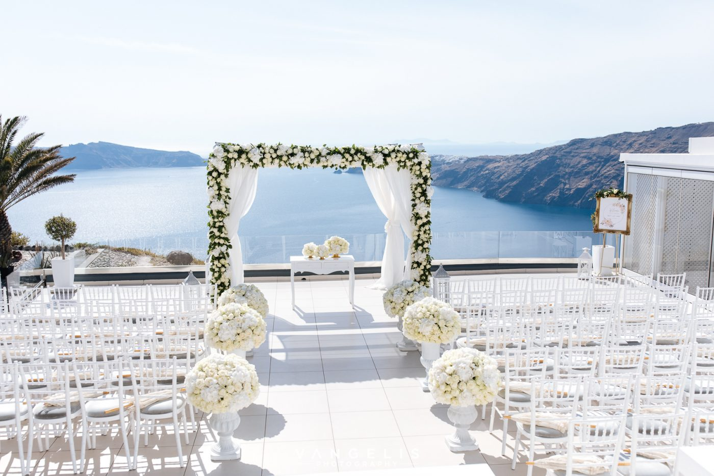 Le Ciel Santorini Wedding Venue