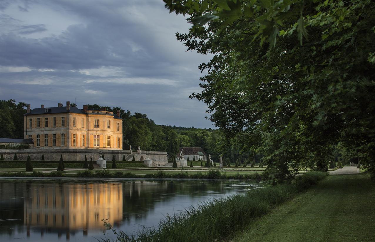 Chateau de Villette Wedding Venue