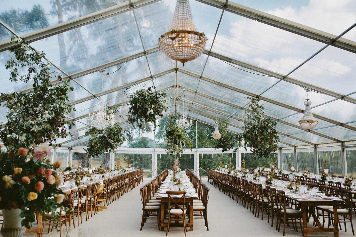 chandelier-wedding