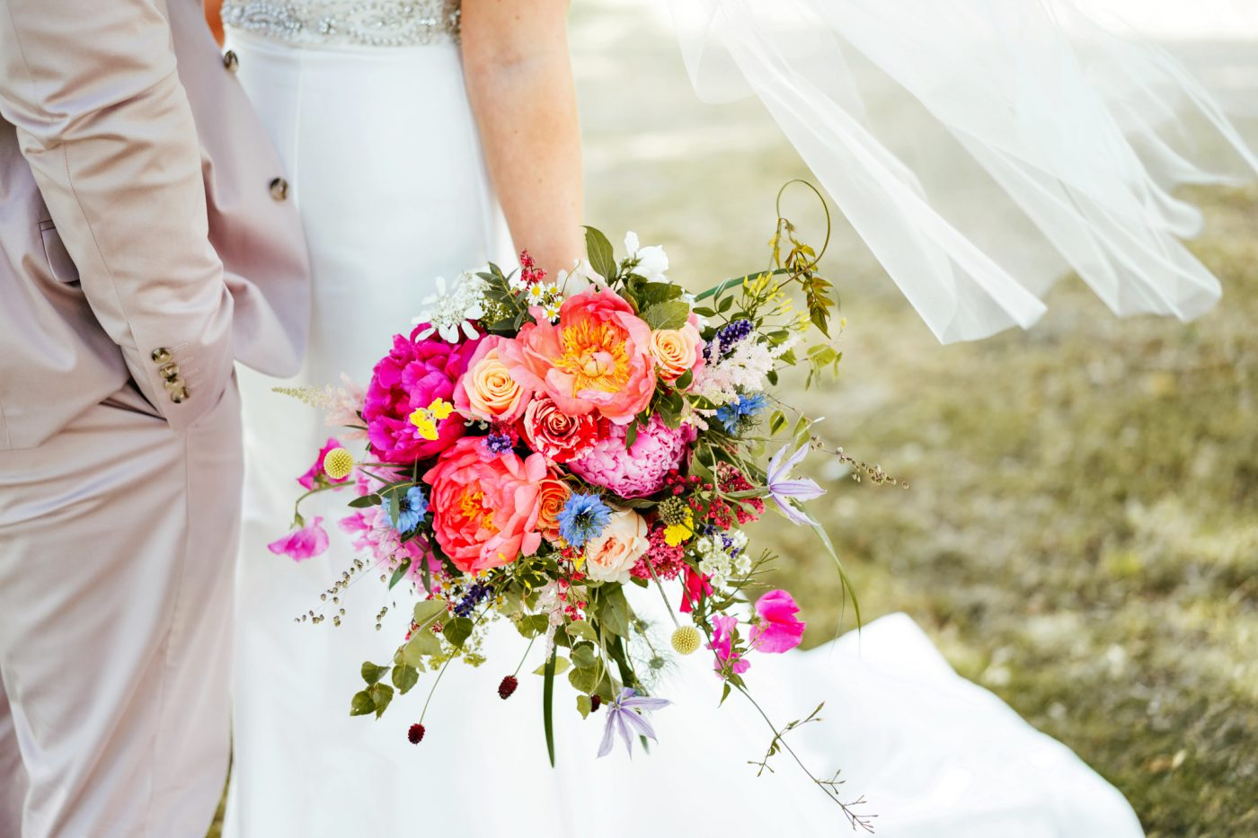 How Much do Wedding Flowers Cost?
