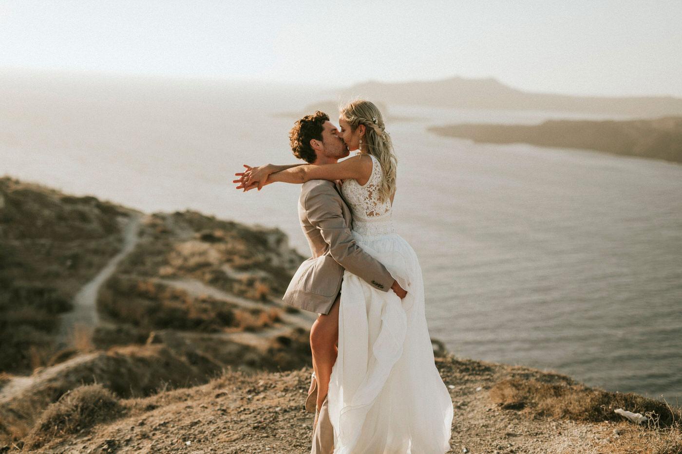 Verena & Thomas's Romantic Santorini Wedding