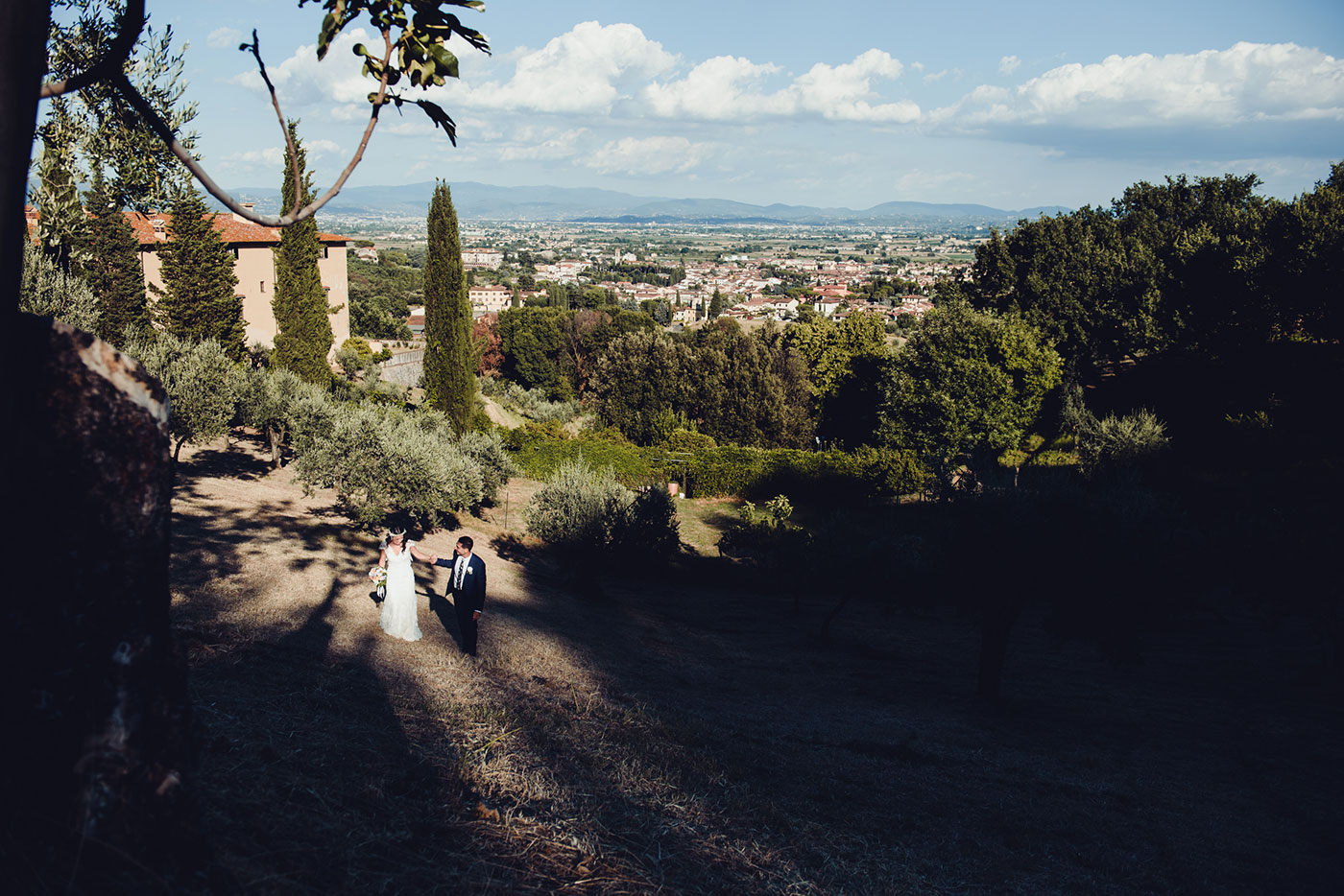 Ilaria & Emiliano's Romantic Tuscan wedding