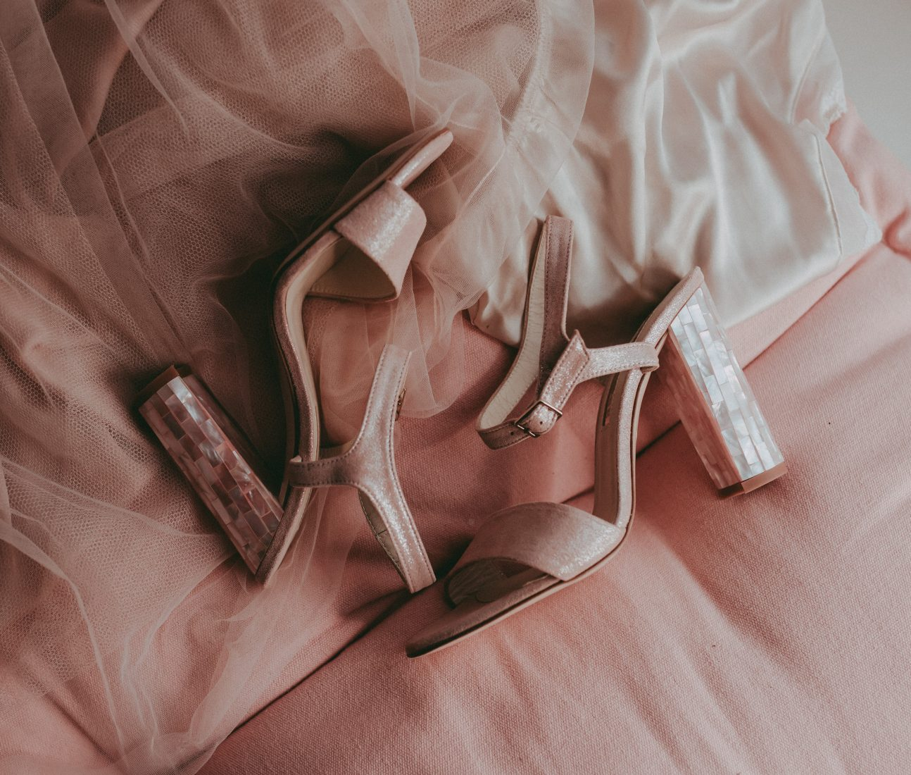 """<a href=""""https://freyarose.com/collections/wedding-shoes/products/martina-rosa"""" target=""""_blank"""" rel=""""noopener noreferrer"""">Martina Rosa Suede by Freya Rose</a> £445"""