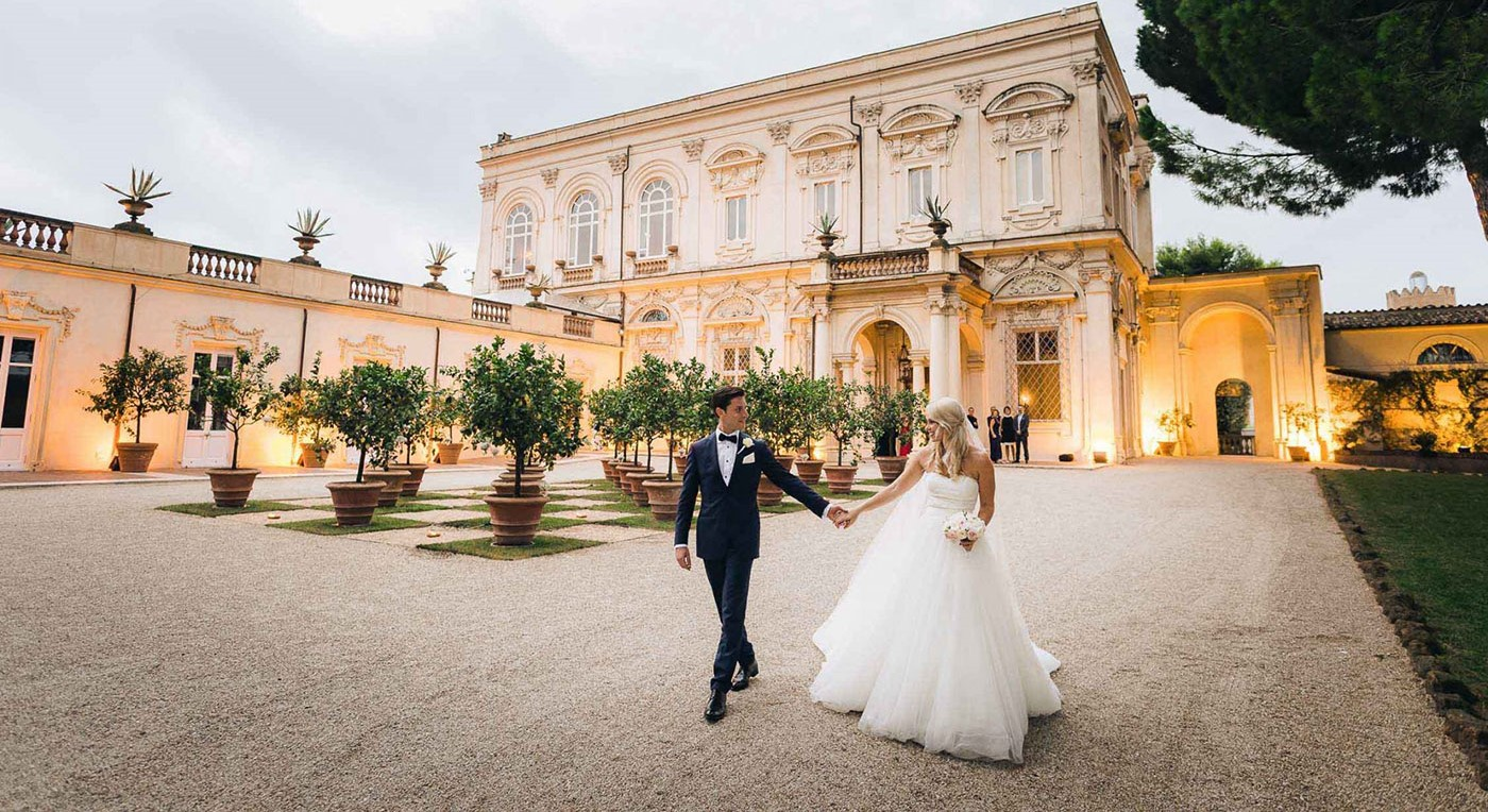 9 Romantic Wedding Venues That You'll Fall In Love With