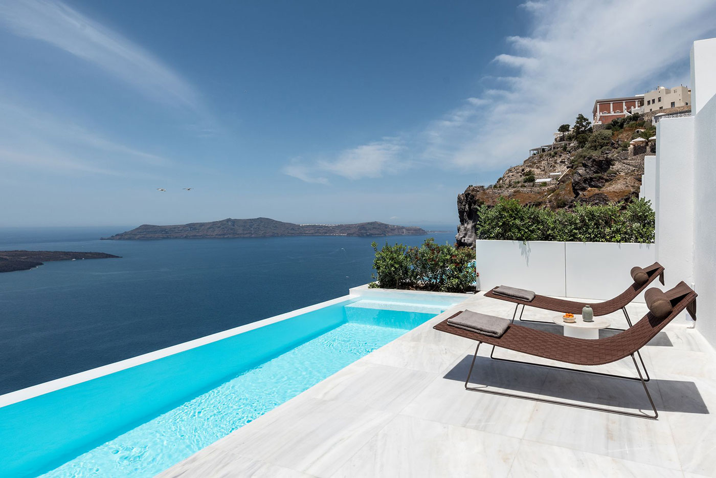 9 of the Best Honeymoon Hotels & Villas in Santorini